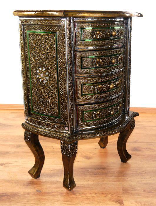 extravagante asiatische kommode mit glasmosaik thai. Black Bedroom Furniture Sets. Home Design Ideas