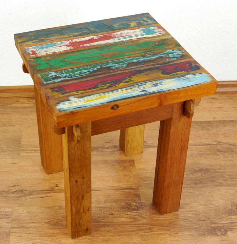 java beistelltisch tisch aus buntem recycelten teakholz bootsholz thai ambiente. Black Bedroom Furniture Sets. Home Design Ideas
