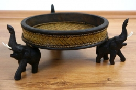 *Rattanschale*  mit Elefanten