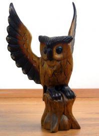 Massivholz  *Eule*  mit ausgebreiteten Flügeln