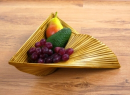 Obst-, Gebäck - Schale  *Bambus*  (dreieckig)