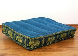 Sitzkissen, Bodensitzkissen mit Seidenstickerei  *hellblau - Elefanten*