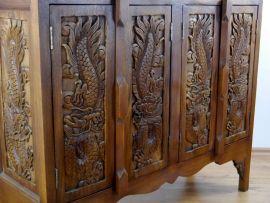 Thailändisches Sideboard mit *Rosenschnitzerei*  Nr.69